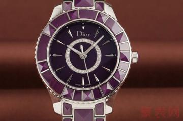 防水胶圈老化的dior手表回收价格低吗