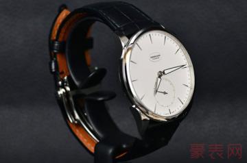 认真制表的帕玛强尼手表几折回收