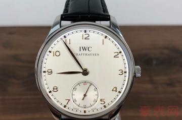 万国10万左右的手表回收大概有多少钱
