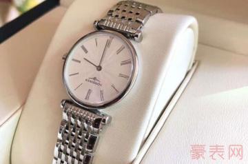 浪琴手表的回收价目表是由型号而定吗