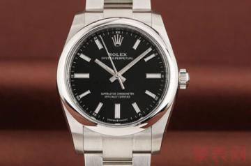 戴了一年的劳力士手表还能卖多少