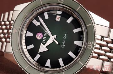 公价10000元的手表回收价格如何