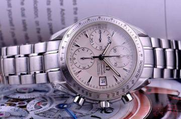 家里的老手表回收价格还能达到半价吗