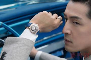 胡歌代言的伯爵手表回收一般几折