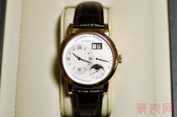 业内人士揭露朗格手表回收价格内情