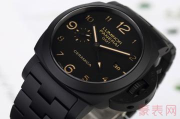较旧的二手沛纳海手表回收多少钱