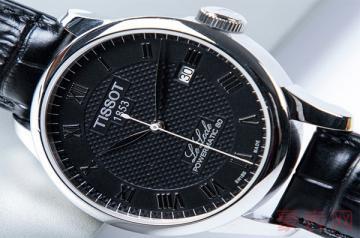 人手一块的二手天梭力洛克手表回收多少