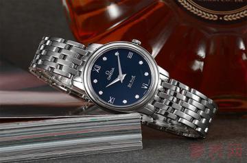 欧米茄手表戴了3年了卖二手能得多少